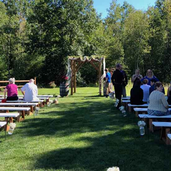 the hitching post of maine ceremony